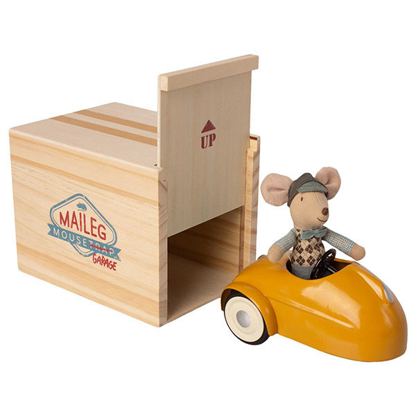 Little Brother Mouse | Car With Garage | Yellow